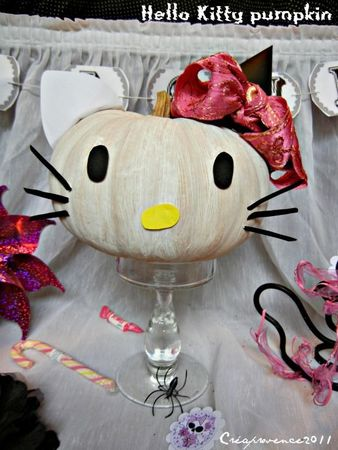 hello kitty pumpkin 2