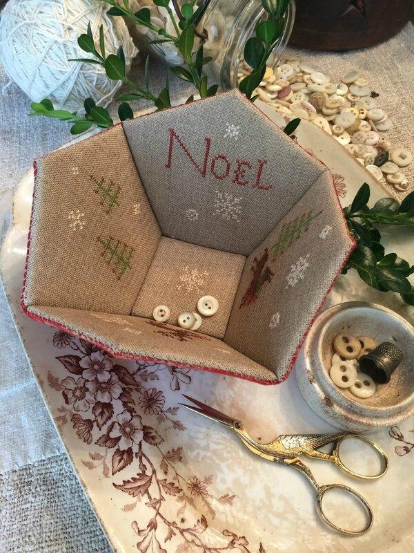 Noel sewing basket