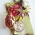 2011-Carte fleurie ( toutes les fleurs ont été fait main )