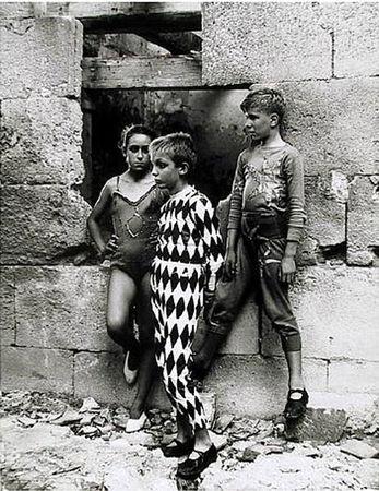 lucien_clergue_circus_zirkus_arles_fifties_50S_photographie