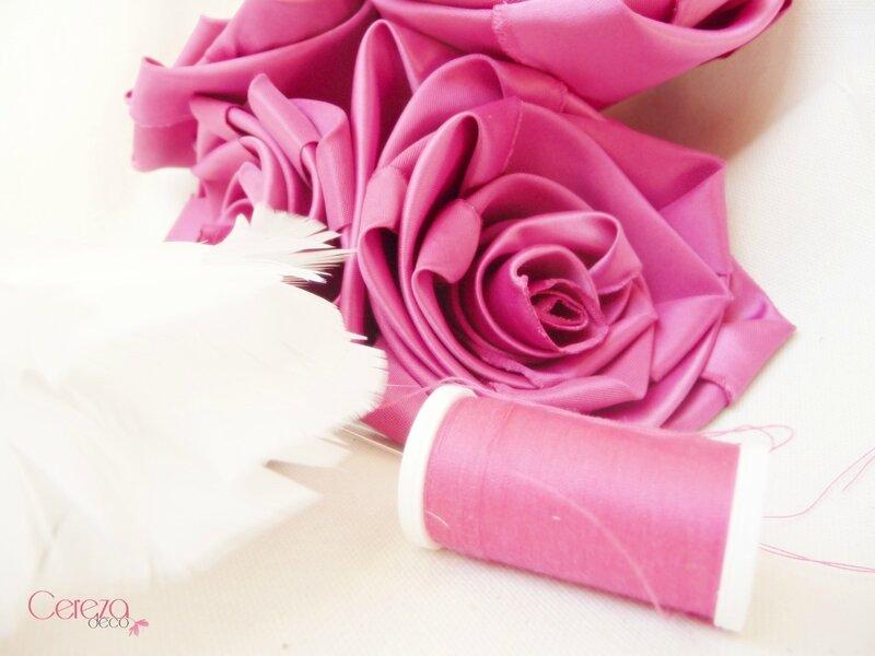 fleurs Aline mariage cabaret rose fuchsia ivoire fleur de plumes cereza deco 3