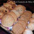 Rochers à la noix de coco, biscuits aux pépittes de chocolat et biscuits au beurre d'arachide, sans gluten