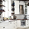 cream-ikea-kitchen-photo-andrea-papini