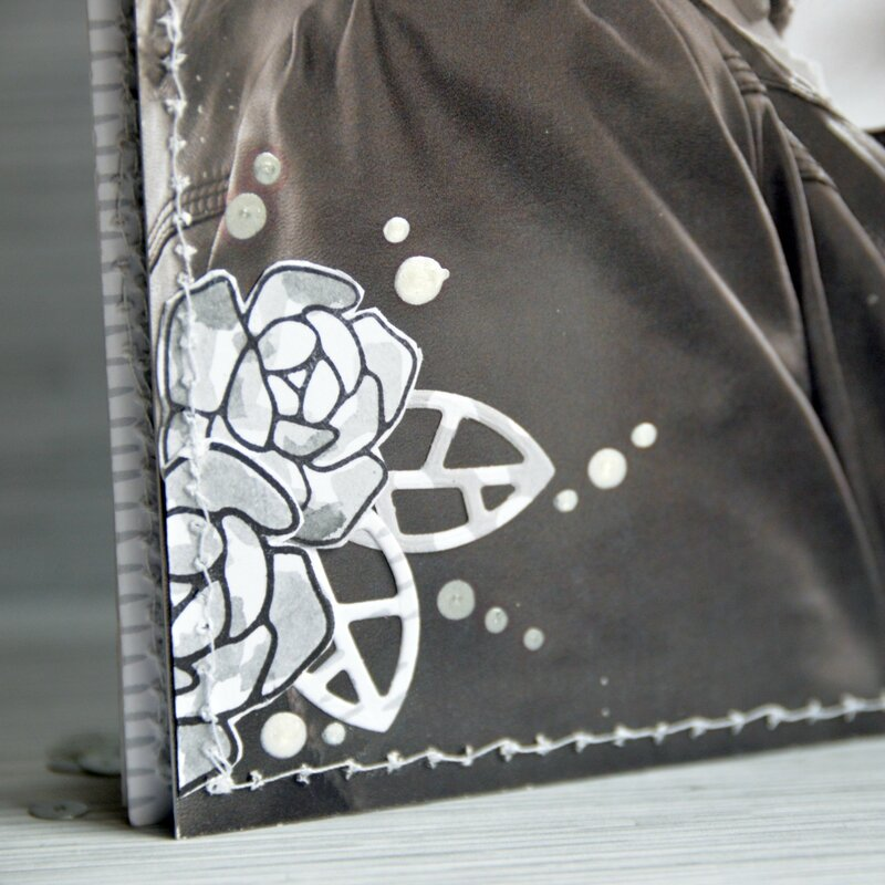 mini Marie-mini dans son sac lin-collection cosy home-page#7-detail#1-chou&flowers-claire-scrapathome