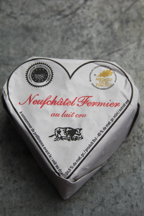 neuchatel_fromage_coeur
