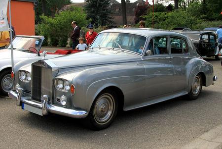 Rolls_Royce_silver_cloud_III_de_1964__Rencontre_de_v_hicules_anciens___Achenheim__01