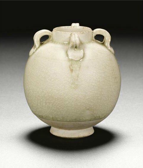 A miniature jar, Sui dynasty (581-618)