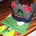 chateau foldingo, fold and go castle