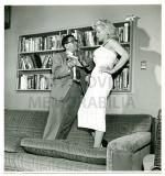 MONROE__MARILYN_-_BOB_BEERMAN_WITH_SIDNEY_SKOLSKY_1953_HER
