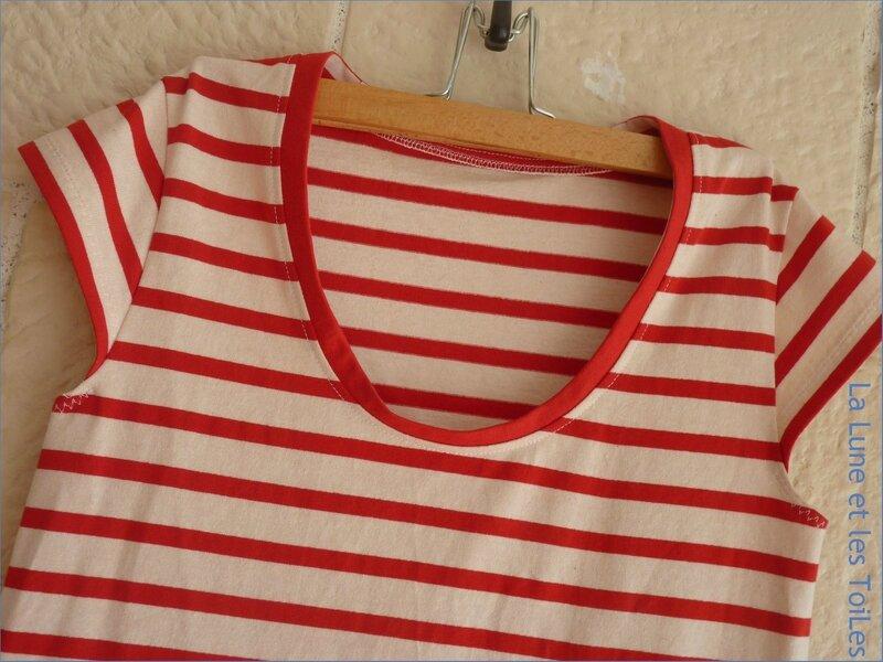 Robe marine rouge 3