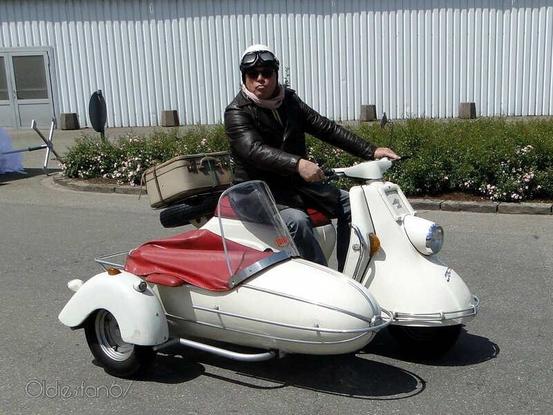 scooter + side car 1