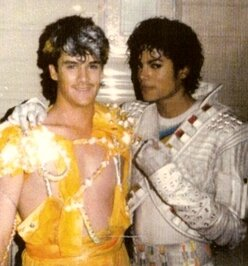 Michael-Jackson-and-Barry-Lather-onset-at-Captain-EO