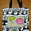 23. sac pliable en tissu et toile enduite grosse fleur - ouvert
