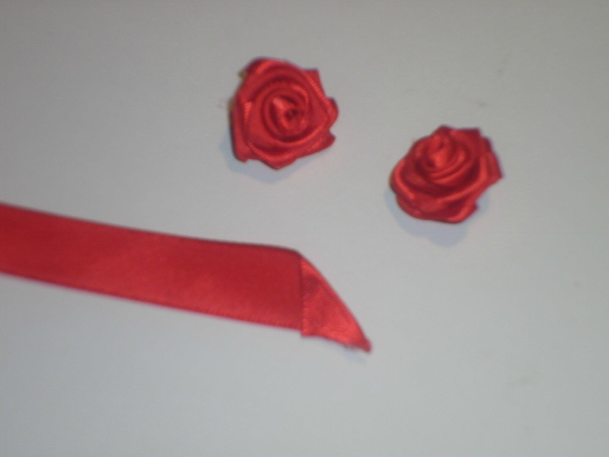 Table de no l blanc rouge et vert les cr ations d co de marsouille - Faire un coeur en papier ...