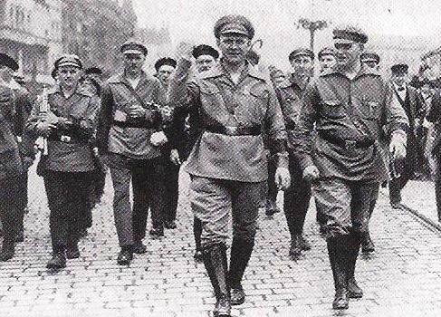 photo mouvement socialiste Weimar - KPD parti révolutionnaire