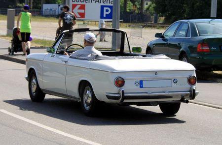 Bmw 1600 cabriolet (RegioMotoClassica 2011) 02