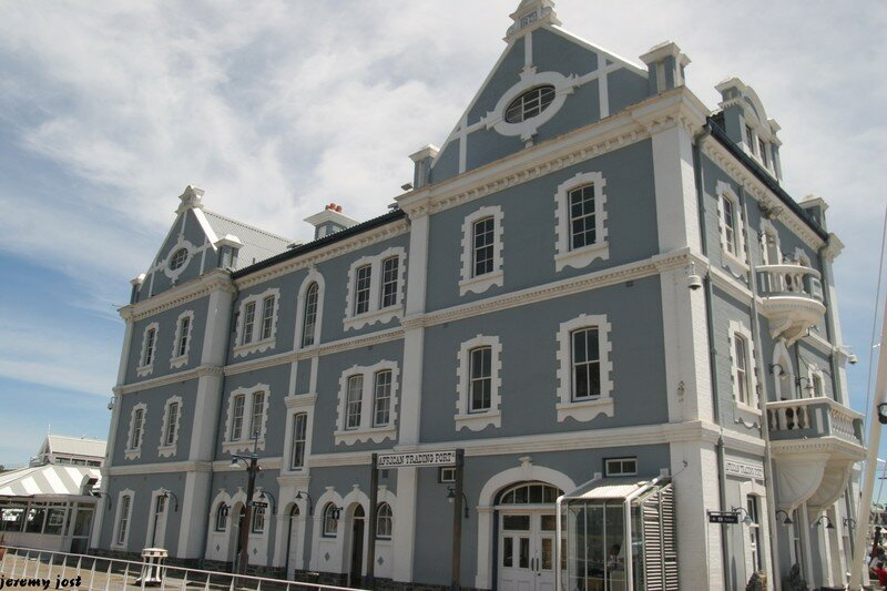 Maison Victorienne on the Waterfront