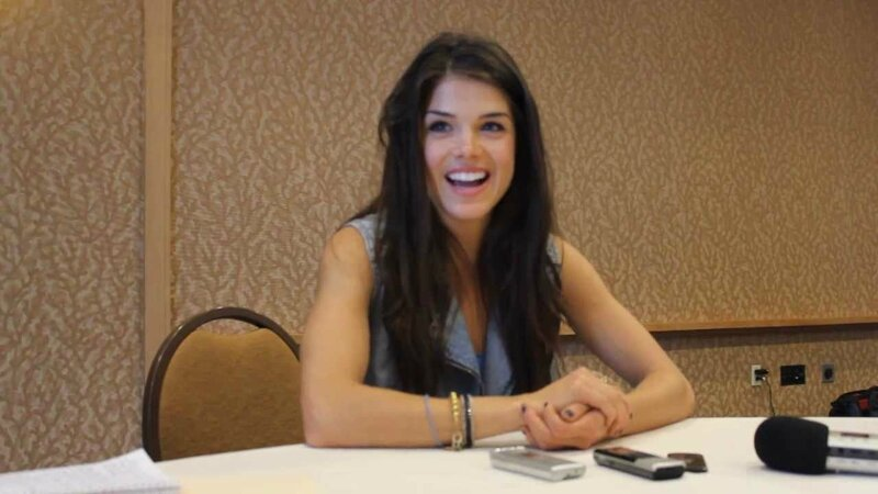 marie-avgeropoulos-3