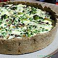 Tarte rustique aux brocolis, champignons et petits pois, pâte à l