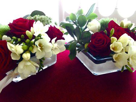 Rouge mariage autour du rouge et blanc vert autrement - Bouquet de table pour mariage ...