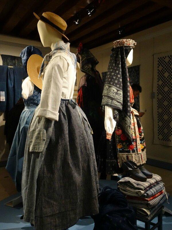 Vêtements paysannes Europe