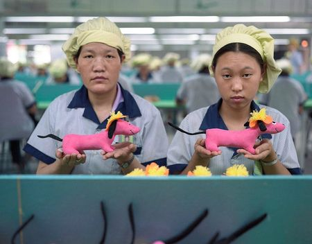 15-toy-factory-portraits