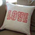 Coussin LOVE 3