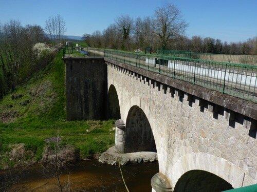 pont_canal_sur_l_ozon