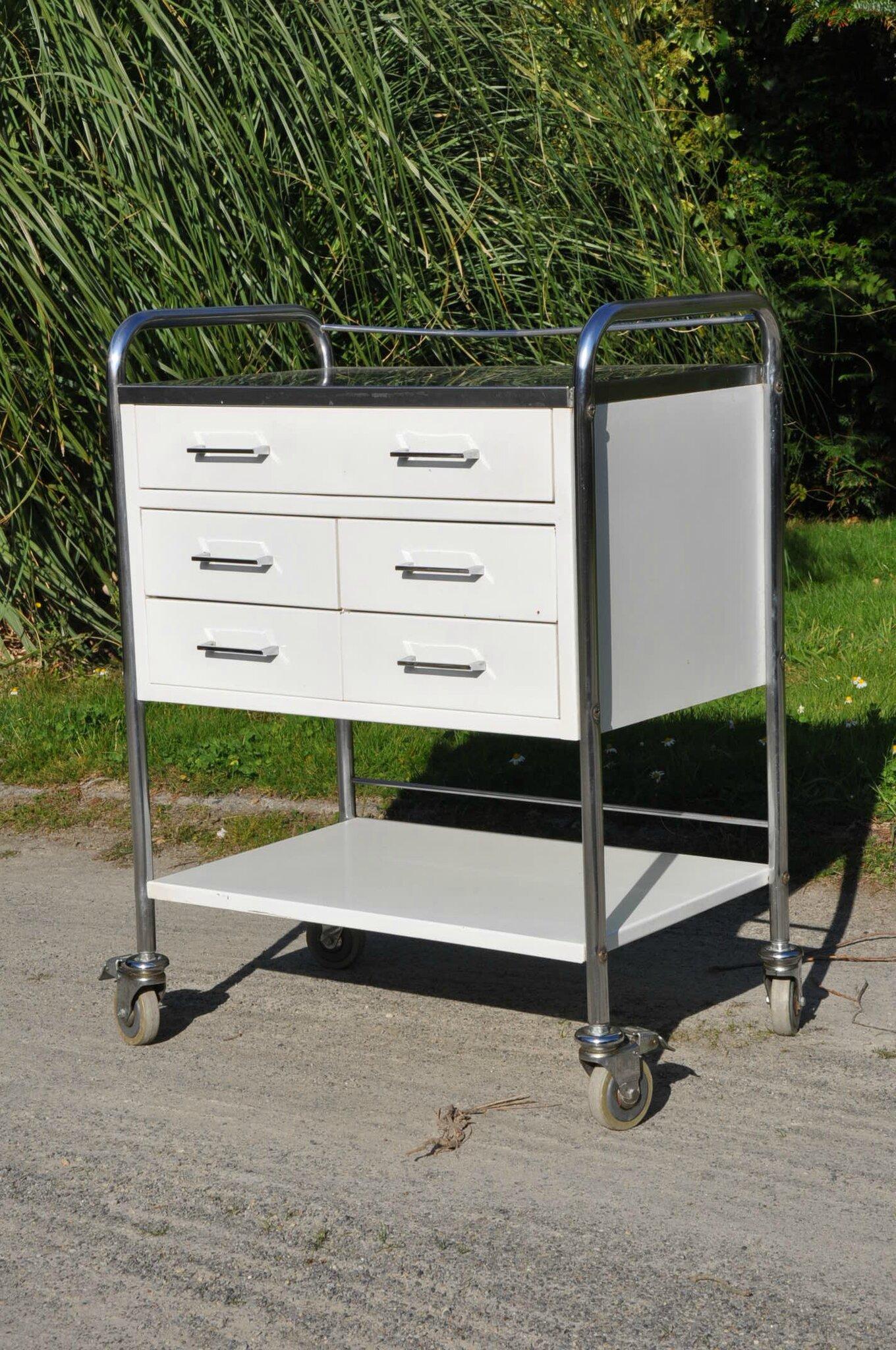 meuble de dentiste vintage article vendu antiquit s du vingti me. Black Bedroom Furniture Sets. Home Design Ideas