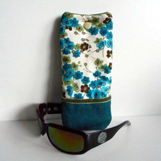 Etui lunette fleurs bleu-choco