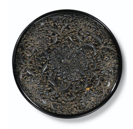 AN_EXQUISITE_BLACK_LACQUER__PEONY__DISH