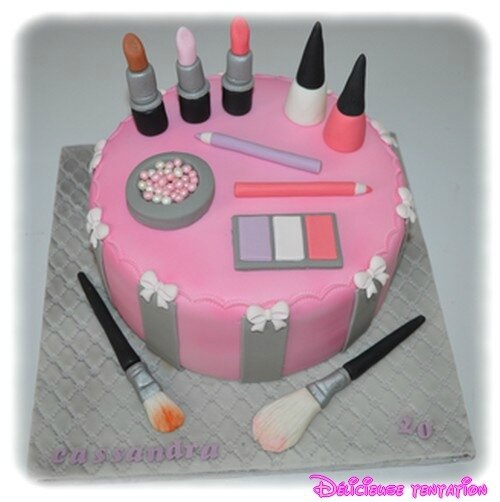 gateau maquillage 17