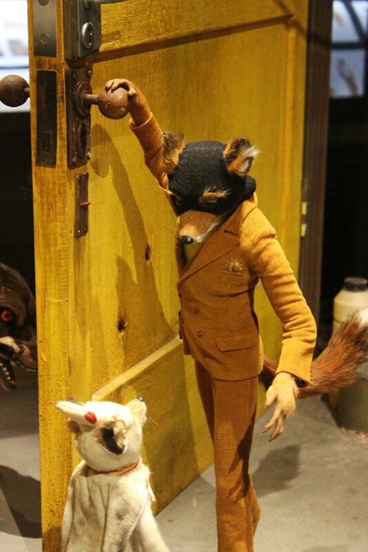 wes-anderson-follow-me-white-rabbit-alice-musee-miniature-lyon (27)