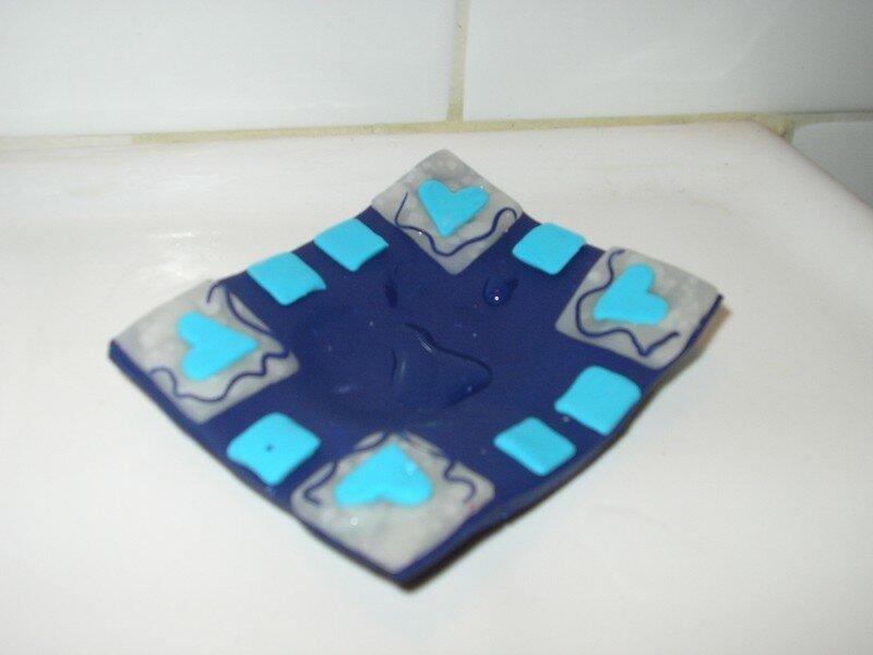 Encore un porte savon assorti ux couleurs de la salle de for Porte savon salle de bain