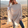 Poncho cachemire beige sable - poncho cachemire bleu jean - the lovely brand - peter hahn