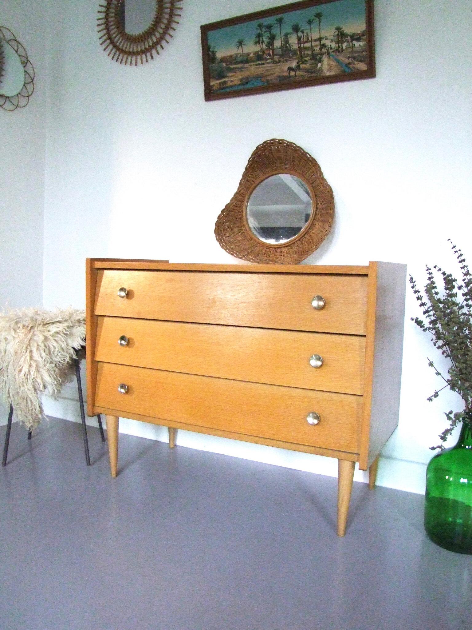 meubles d 39 occasion tous les messages sur meubles d 39 occasion meubles vintage pataluna chin s. Black Bedroom Furniture Sets. Home Design Ideas