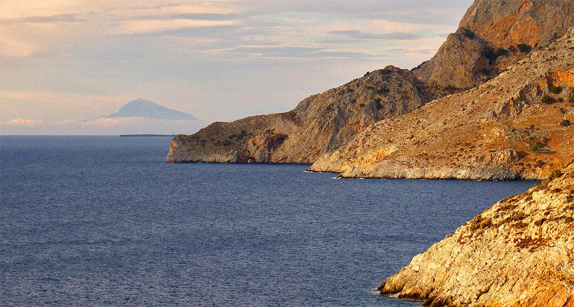 Gioura: vue sur Psathoura et le Mont Athos — P1010558_copy