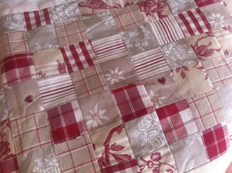 Chemin de table patchwork happy do it yourself - Chemin de table en patchwork ...
