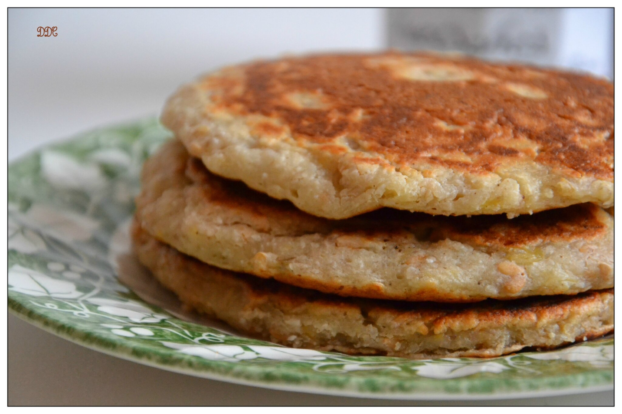 pancakes v gan banane coco sans gluten sans produit laitier sans oeufs et sans bl ddcuisine. Black Bedroom Furniture Sets. Home Design Ideas