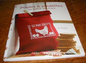 livre_poules_et_poulettes_au_point_de_croix