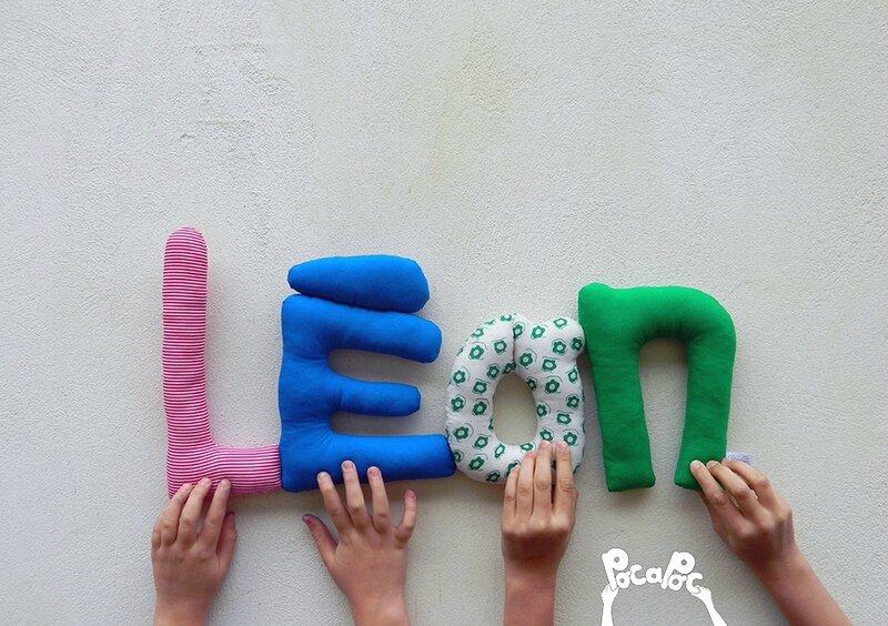 léon 2,mot deco,mot en tissu,mot decoratif,cadeau de naissance,decoration chambre d'enfant,cadeau personnalise,cadeau original,poc a poc blog
