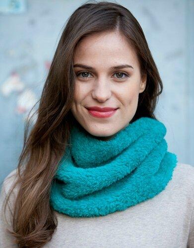 patron-tricoter-tricot-crochet-femme-col-automne-hiver-katia-8020-157-g