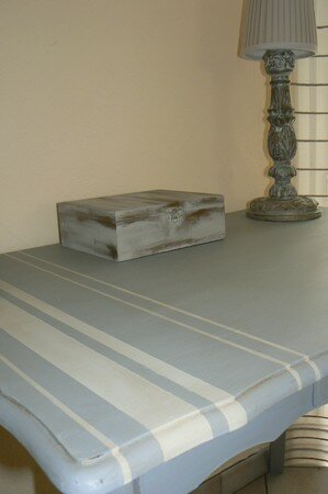 table_grise_2