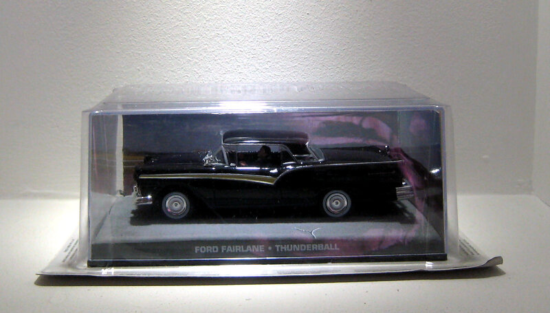 Ford fairlane (007 collection) collection presse