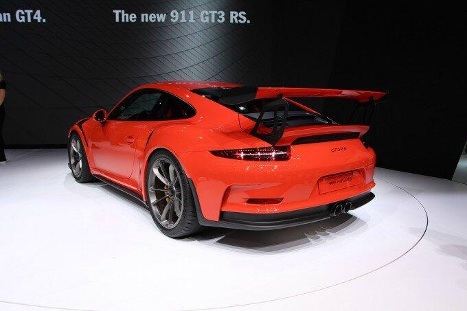 Porsche-911-GT3-RS-3-680x453