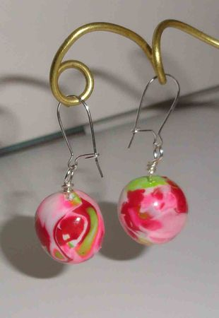 boucles_d_oreilles_argent_925_pate_polymere_hidden_rose_et_vert__925_sterling_silver_ear_wire_pink_and_green_polymer_clay_beads_earrings__2_