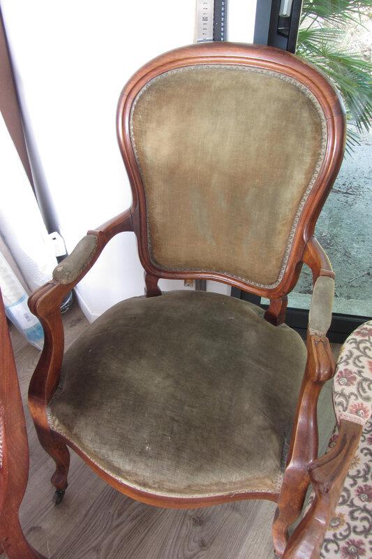 fauteuil Louis Philippe à retapisser (2)