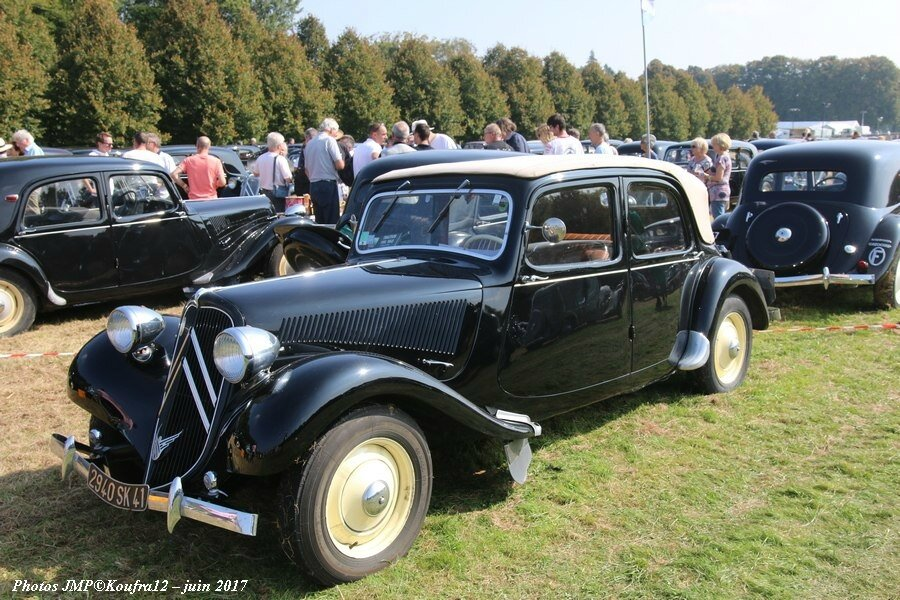 Photos JMP © Koufra12 - Traction avant 80 ans - 00166