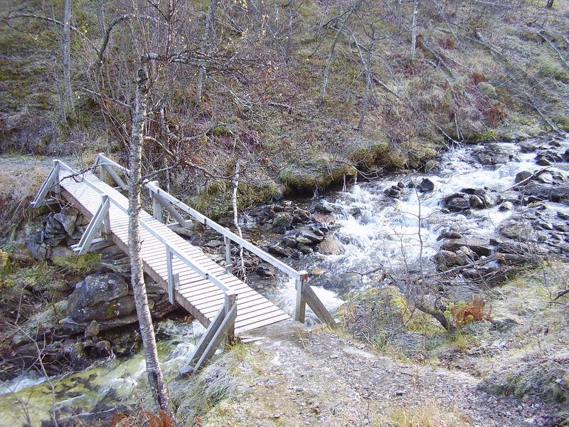 04-10-08 Tromsdalstind et neige (04)