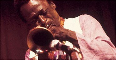 miles_davis_at_the_sessions_in_1970___photo_by_sandy_speiser_BMG